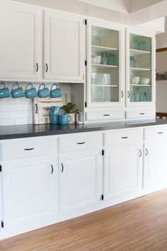 Black and White Farmhouse Kitchen Makeover | The Lily Pad Cottage