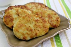 Russian kotleti, chicken cutlets. Guess it is the Russian equivalent of chicken nuggets...