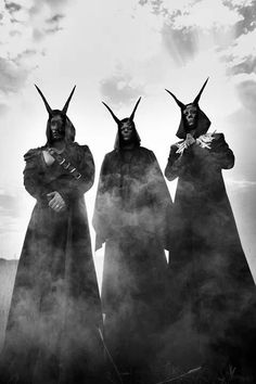 This is Behemoth. This is one of my favorite black metal bands. Black Metal, Extreme Metal, Death Metal, Marduk Band, Digital Foto, Gothic, Arte Obscura, Retro Poster, Occult Art