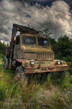 Abandoned Cars, Abandoned Vehicles, Vintage Cars, Antique Cars, Commercial Vehicle, Old Trucks, Military Vehicles, Techno, Yamaha