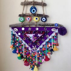 Amulet, keçe nazarlık, driftwood, yallos, Pazen nazarlık, otantik,kanaviçe Foam Crafts, Decor Crafts, Diy And Crafts, Crazy Home, Paint Colors For Living Room, Diy Hanging, Driftwood, Boho Decor, Crochet Earrings