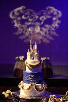 Cinderella inspired wedding cake with a touch of Mardi Gras at a Walt Disney World reception. Photo: Stephanie, Disney Fine Art Photography
