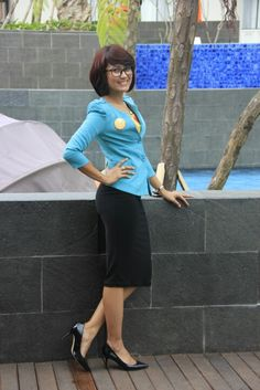 Black skirt and green blazer to work ♥♥