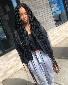 Top 60 All the Rage Looks with Long Box Braids - Hairstyles Trends Twist Braid Hairstyles, African Braids Hairstyles, Twist Braids, Weave Hairstyles, Senegalese Twist Hairstyles, Black Braided Hairstyles, African Braids Styles, School Hairstyles, Hairstyles 2018