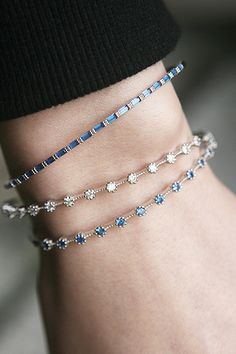 The sterling silver bracelets have been popular among women. These bracelets are readily available in various shapes, sizes and designs. Diamond Bracelets, Sterling Silver Bracelets, Bangle Bracelets, Silver Ring, Silver Earrings, Ladies Bracelet, Silver Bangles, Silver Jewellery, Bracelet Set