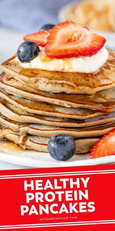 Protein pancakes are an easy, healthy breakfast recipe made with a few ingredients. They have a delicious banana flavor and delicate texture. Healthy Protein Pancakes, Healthy Breakfast Recipes, Easy Healthy Recipes, Brunch Recipes, Healthy Meals, Healthy Eating, Perfect Breakfast, Eat Breakfast, Breakfast Ideas