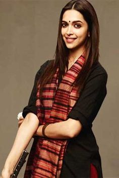 """How to ace the"""" Piku Look"""" of Deepika Padukone. Know where to purchase those elegant Kurtis and Pallazos from."""