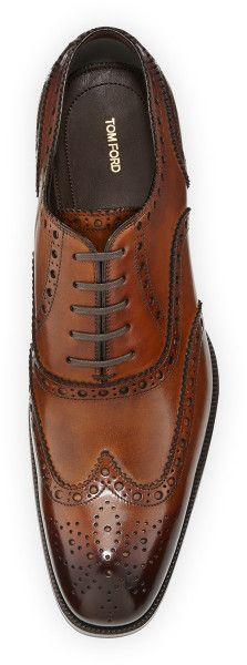 Tom Ford Edward Wing-Tip Oxford, Caramel Fashion Mode, Fashion Shoes, Mens Fashion, Formal Shoes, Casual Shoes, Sock Shoes, Shoe Boots, Tom Ford, Gentleman Shoes