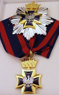 Order of Military Cross Poland Military Honors, Military Cross, Military Ranks, Military Orders, Military Insignia, Military Decorations, War Medals, Grand Cross, Arts Award
