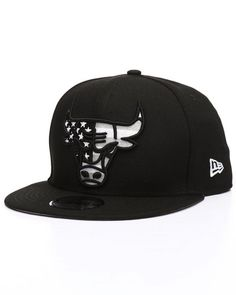 4966ca86ba6 Find 9Fifty Chicago Bulls Flag Fill Snapback Hat Men s Hats from New Era   amp  more