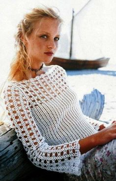 Crochet women summer blouse pattern jumper Pattern only different sizes written in English with pictures of the proccess of crocheting This is just the pattern not the finished item Ifau crochet un pull idéal pour l'été - Séverine Klitting - Disc Blouse Au Crochet, Gilet Crochet, Black Crochet Dress, Crochet Stitches, Knit Crochet, Crochet Tops, Irish Crochet, Pull Crochet, Free Crochet