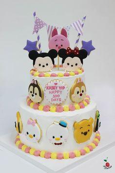 Tsum Tsum Mickey & Friends Cake for Baby's Hundred Days Disney Themed Cakes, Disney Cakes, Pretty Cakes, Cute Cakes, Tsum Tsum Party, Minnie Cake, Friends Cake, Tsumtsum, Birthday Cake Girls
