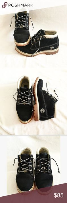 Low Top Black and Tan *Waterproof* Timberlands Low Top Black and Tan Timberlands • Waterproof • Basically brand new except a few scuff marks • Unisex: Size 7 1/2 in Men's/ Size 9 in women's • offers are welcome! Timberland Shoes Combat & Moto Boots