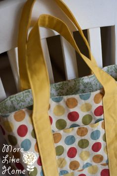 13 - Favorite Tote Bag More Like Home: Day 13 - Favorite Tote Bag Bag Pattern Free, Bag Patterns To Sew, Tote Pattern, Wallet Pattern, Sewing Patterns, Coin Purse Tutorial, Tote Tutorial, Tutorial Sewing, Tote Bag With Pockets
