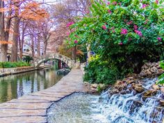 The Riverwalk in the Morning - San Antonio, Texas - Great pin from @Amy Lyons Lyons Moore - Thanks for chatting on #PinUpLive tonight! :)