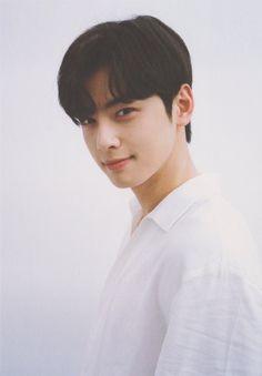 Cha Eun Woo Astro, Stay Happy