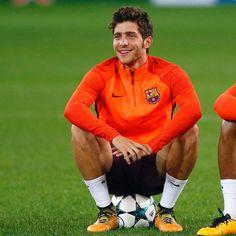 Sergi Roberto, Soccer Guys, Neymar Jr, Lionel Messi, Fc Barcelona, Polo Ralph Lauren, Football, Boys, Mens Tops