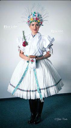 Folk Costume, Costumes, Heart Of Europe, Traditional Outfits, Folk Art, Harajuku, Past, Women's Fashion, Popular