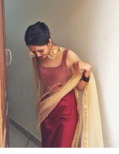 Lovely dress with nice earrings | Inspiring Ladies