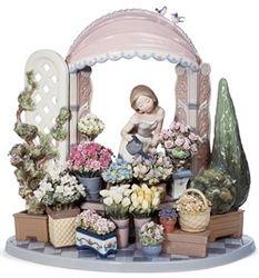 Lladro Porcelain Figurine Romantic Feelings