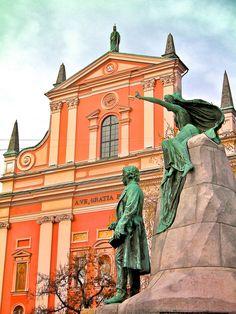 Statue of France Prešeren in Ljubljana, Prešernov Square  #Ljubljana #PrešernovSquare #FrancePrešeren #Prešeren #SloveniaPoet #SloveneLiterature #Slovenia #SlovenianPoems #SlovenianPoet #EuropeanPoet