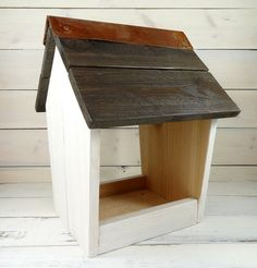 Rustic Platform Bird Feeder, Handcrafted Wooden Tray Bird Feeder For Sale, Cedar…