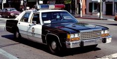 Gta, Radios, Emergency Vehicles, Police Vehicles, Old Police Cars, California Highway Patrol, Los Angeles Police Department, Ford Ltd, Military Pictures