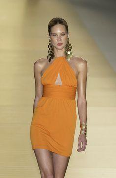 ☆ Erin Wasson | Celine | Spring/Summer 2003 ☆ #Erin_Wasson #Celine #Spring_Summer_2003 #Catwalk #Model #Fashion #Fashion_Show #Runway #Collection