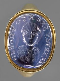 A seal ring with an intaglio frontal bust of Alaric II, King of the Visigoths, in military garb and surrounded by a Latin inscription: Alaricus, Rex Gothorum. Made in the late 5th century for a Visigothic aristocrat in Noricum. Kunsthistorisches Museum in Vienna.