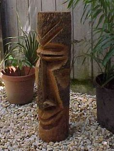 I love these hand-carved Tiki statues from Florida. I'd love to get three of them for the Tiki patio! Chainsaw Carvings, Wood Carvings, Diy Projects Engineering, Tiki Head, Tiki Statues, Tiki Totem, Statues For Sale, Tiki Mask, Native Art