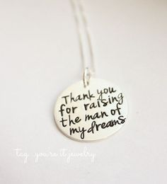 This is adorable when I get married I am so going to get this and give it to his mom!