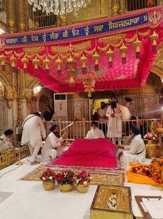 Father Love Quotes, Couples Quotes Love, Fathers Love, Couple Quotes, Harmandir Sahib, Golden Temple Amritsar, Shri Guru Granth Sahib, Gurbani Quotes, Buddhist Quotes