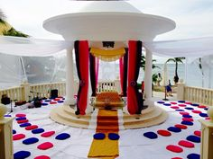 #ceremony #southasiand #indiandestinationweddings #cancun #rivieramaya @weddingcancun