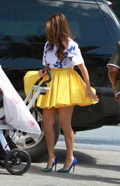 Kourtney Kardashian – Arriving at Eden Roc Hotel with Scott Disick in Yellow Skirt   Kourtney Kardashian