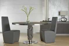 Arche Round Pedestal Dining Table