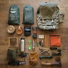 I just love this kit  what about you?  ✅ Follow Us For Daily Content   #bushcraftapocalypse  ⭐️FOLLOW The End Time Survivalist Family https://www.survivalsupplyzone.com/@militarylifedaily  Bushcraft world  @survivalsupplyzone  Best Cabin ideas  @cabinlife_daily   #bushcraftapocalypse   Credit @thehiddenwoodsmen #survival #bushcraft