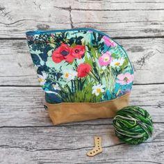 Freebook: Strickzeugtasche Vela | Rund und Eckig Etsy, Round Round, Sewing Patterns, Tutorials, Breien, Bags