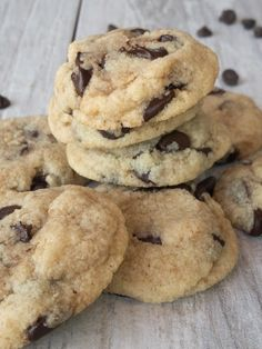 If you're looking for the best keto desserts, check out this list. Some of the best keto desserts recipes to try the next time you have a snack craving! Keto Cookies, Keto Chocolate Chip Cookies, Cookies Et Biscuits, Coconut Flour Cookies, Cheesecake Cookies, Chocolate Recipes, Keto Cupcakes, Sugar Free Cookies, Chocolate Chocolate