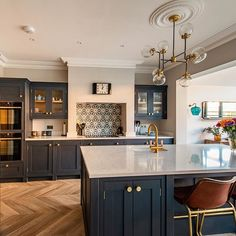 We are lucky at Herringbone Kitchens to have clients with amazing style. This bespoke kitchen extension in Surrey is hand painted in Mylands Bond Street and finished with brass handles from Armac Martin. We have had so much fun working on this project and Kitchen Family Rooms, Living Room Kitchen, Home Decor Kitchen, Interior Design Kitchen, Home Kitchens, Small Family Rooms, Studio Interior, Kitchen Ideas, Open Plan Kitchen Dining Living