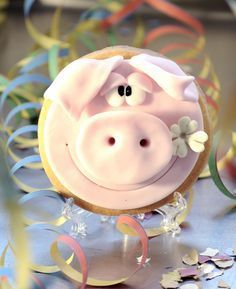Betty´s Sugardreams - Blog: Happy New Year's Paul!, cookie, pig, sugarpaste, Schein, Glücksbringer, Silvester, Kleeblatt