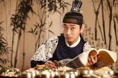 "still play a good role as crown prince in ""I am King"" Korean Movie - Jo Ji hoon... <3"