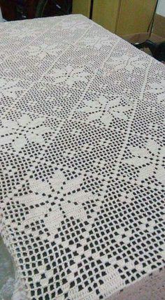 Crochet Table Topper, Crochet Table Runner, Crochet Tablecloth, Crochet Doilies, Filet Crochet Charts, Crochet Flower Patterns, Crochet Flowers, Cotton Crochet, Knit Or Crochet
