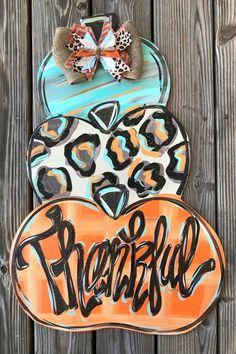 Halloween Door Hangers, Fall Door Hangers, Burlap Door Hangers, Wood Door Hanger, Christmas Door Hangers, Wooden Doors, Wooden Signs, Minions, Pumpkin Door Hanger