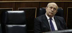 Rajoy sustituye al ministro Wert por Iñigo Méndez de Vigo
