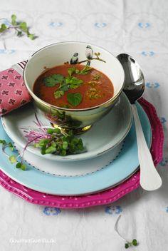 #Rote Beete-Kokossuppe mit Thai-Pesto