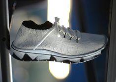 【2017春夏】Maison Margiela White Painted Knit Sneaker【メゾン マルジェラ】 | sneaker bucks