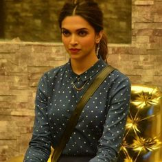It's Official : @deepikapadukone is coming on the premiere episode of #BiggBoss10!