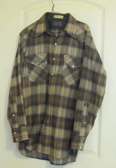 Vintage Pendleton Shirt Mens 1960 Western Plaid Wool Size Medium Cowboy Counrty Pearl Buttons