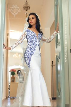 Vestido bordado mexicano Mexican Outfit, Mermaid, Couture, Formal Dresses, Outfits, Ideas, Fashion, Mexican Embroidered Dress, Embroidered Clothes