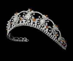 Orange Crystal tiara for Quinceanera! Quinceanera Tiaras, Royal Crown Jewels, Orange Crystals, Princess Style, Princess Crowns, Bloom, Bridal Tiara, Gems Jewelry, Jewellery